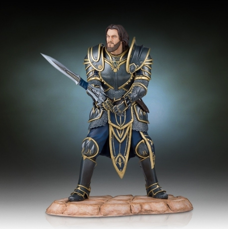 Warcraft: Lothar Statue