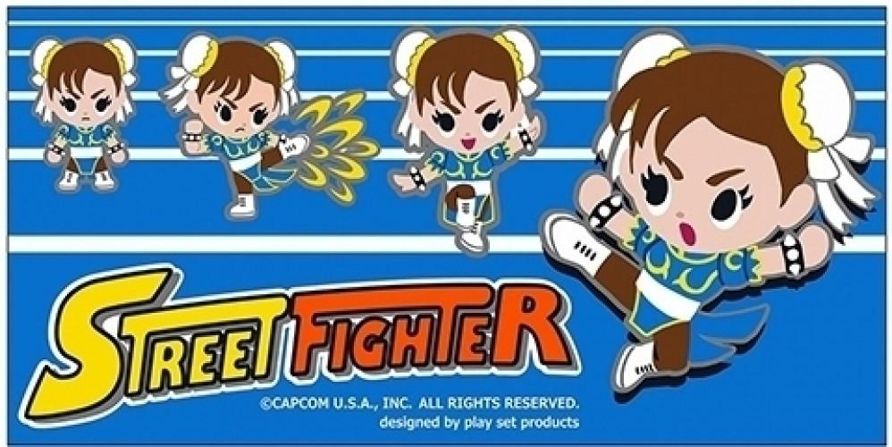 Image of Street Fighter Jumbo Towel - Chun-Li